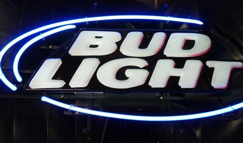 bud light light up sign bud light neon sign never used local and 50 similar