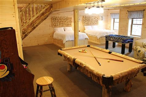 Ohio Amish Country Cabins with Hot Tub :: NEW & Stunning