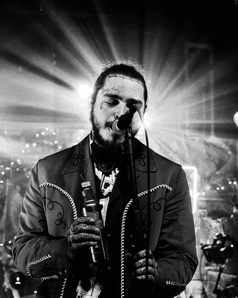 Love this photo 💙 | Post malone wallpaper, Post malone, Malone