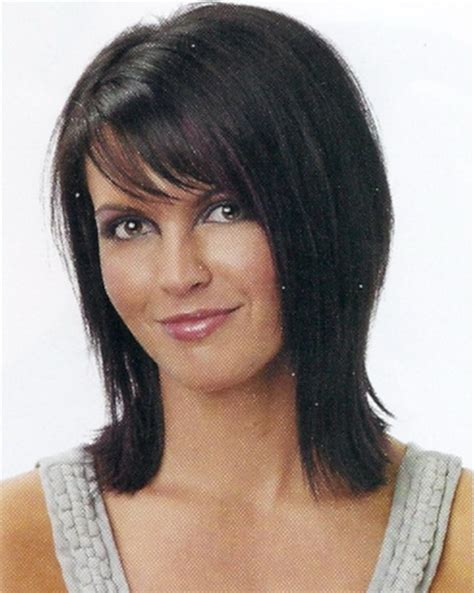 brunette womens shaggy layered short haircuts medium brunette haircuts
