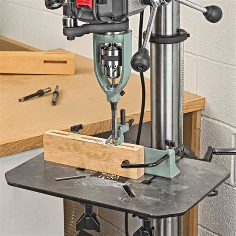 delta   crosshair laser drill press