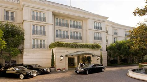 how much is a room at the beverly hotel for luxury peninsula beverly