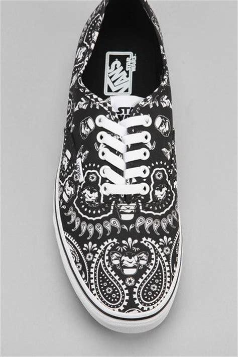 Vans Wars Tromper Bandana vans x wars bandana authentic mens sneaker in black