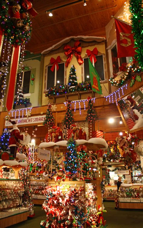 bronner s christmas wonderland frankenmuth mi 48734 yp com