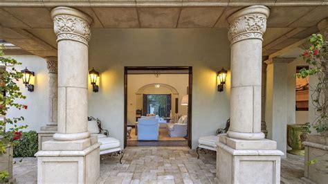 casa di sylvester stallone sylvester stallone vende la sua villa californiana casa it