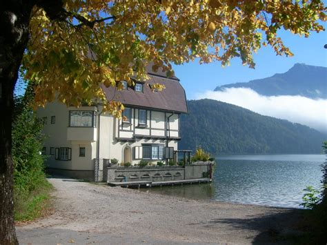 lake side house panoramio photo of lakeside house st gilgen am wolfgangsee