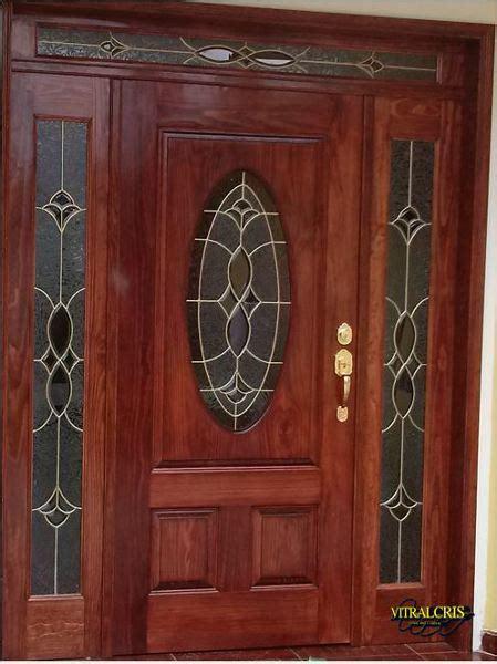 foto juego de vitrales  puerta de vitrales
