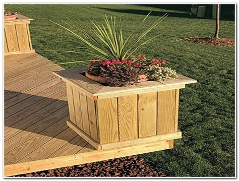 Planter Box Deck by Deck Planter Box Diy Decks Home Decorating Ideas