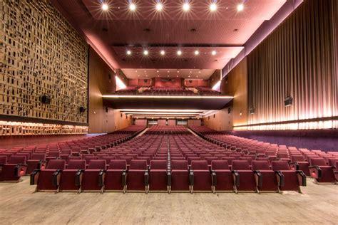 cines arenas de barcelona multicines 12 salas qui som grup bala 241 a