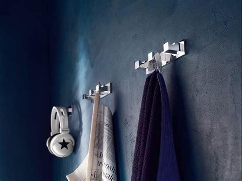 porta accappatoio da doccia cube porta accappatoio by carlo nobili rubinetterie design