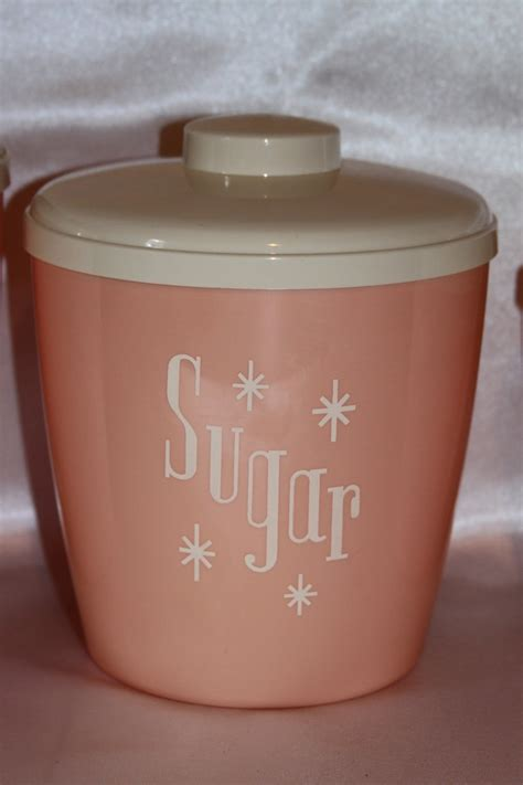 pink kitchen canister set ca 1950 s fabfindsblog 61 best images about kitchen 50 s plastic on pinterest