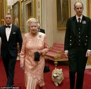 the queen s corgis why the queen loves her corgis as much as the rest of the palace hates them daily mail online