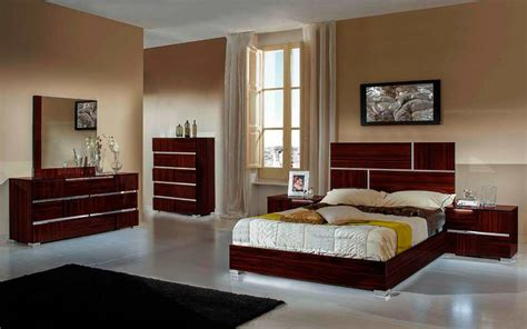 lacquer bedroom furniture modern ebony lacquer finish bed piero modern bedroom