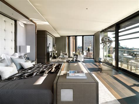 exquisite 7 000 square foot hyde park penthouse one hyde park s most exclusive luxury apartment