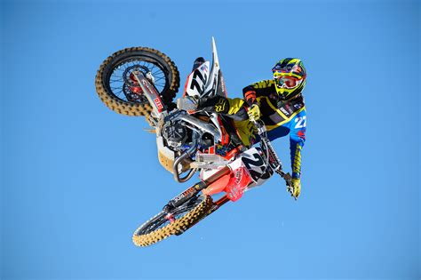 motocross stunts freestyle wallpaper chad reed motocross fmx rider freestyle