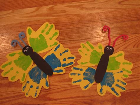 preschool arts and crafts projects preschool crafts for butterfly handprint craft