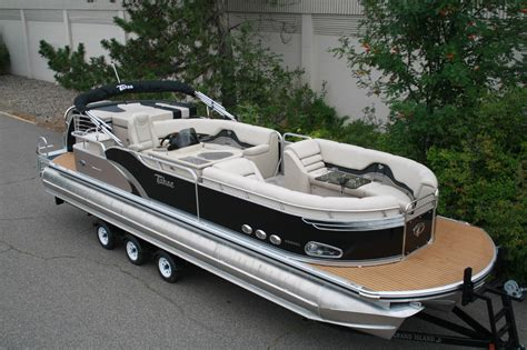 largest boat dealer in the world special new triple tube 29 ft pontoon boat with 350 hp 4