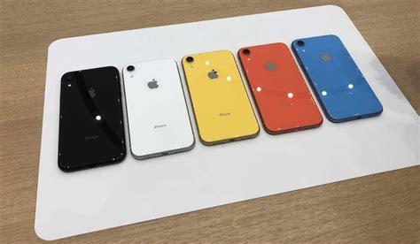 iphone xr hands  vibrant colors solid cameradisplay