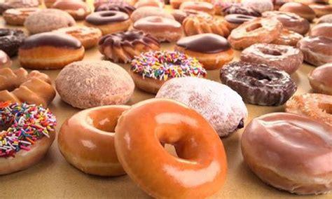 Crispy Toping Donat top must foods in america