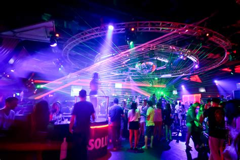 At The Club by 10 Place Must Visit For Nightlife At Bangkok Cuti My