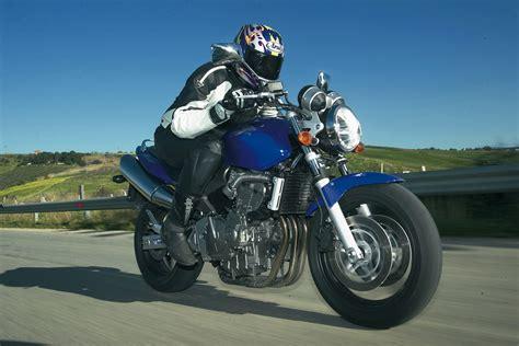 2003 honda hornet ride 2003 honda hornet cb600f visordown