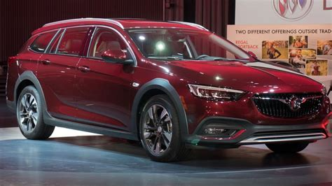 2018 buick regal tourx release date price and specs
