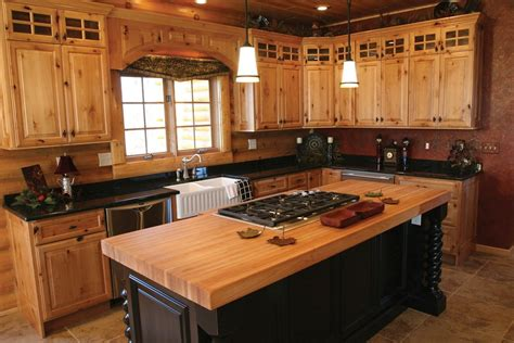 hickory kitchen cabinet pictures and ideas hickory kitchen cabinets color ideas the decoras