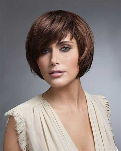 different haircuts for round face 15 short layered haircuts for round faces short