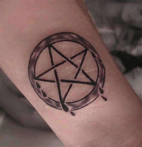 pentagram tattoo penatagram tattoojpg pictures to pin on tattooskid