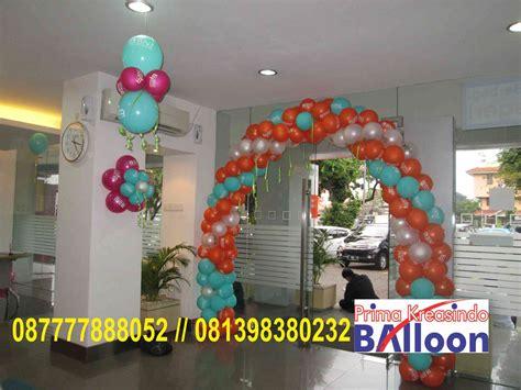 membuat dekorasi natal sederhana dekorasi balon hut bank bni ke 69 th 6281398380232