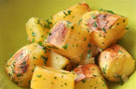 recette de cuisine avec pomme de terre pommes de terre r 244 ties sans mati 232 re grasse recettes de