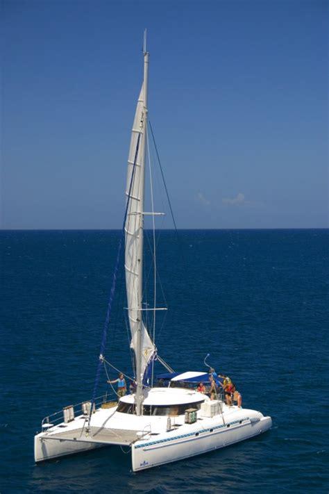 catamaran or monohull yacht monohull catamaran or motor boat sailing choices