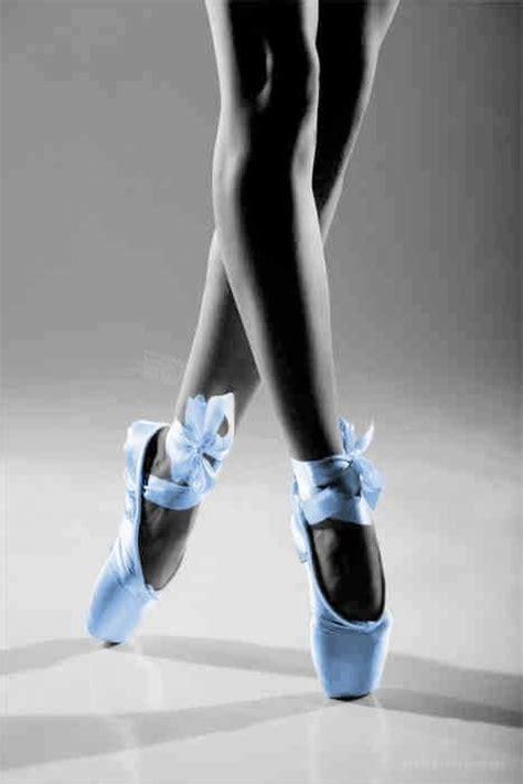 blue ballet shoes carolina blue pointe shoes i got the blues