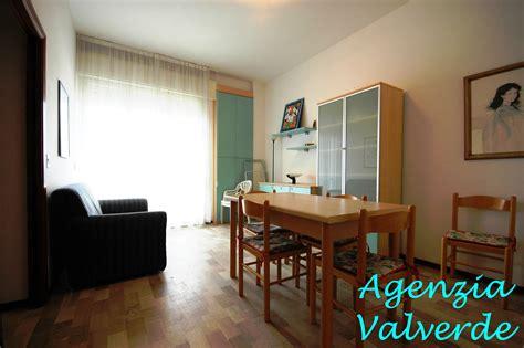 appartamenti cesenatico affitto estivo affitto estivo bilocale frontemare cod a85 agenzia valverde