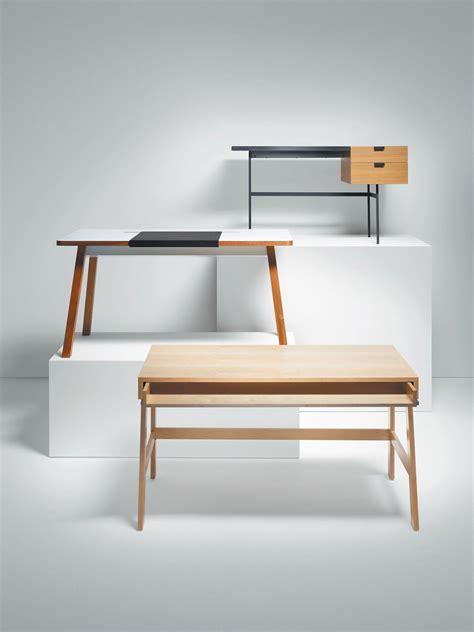 Dwell Desk by Dwell Reviews 6 Modern Desks Dwell