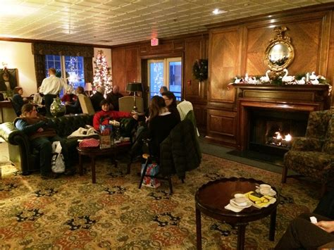 harraseeket inn maine dining room an adventurous day in freeport 12 fun things to see and