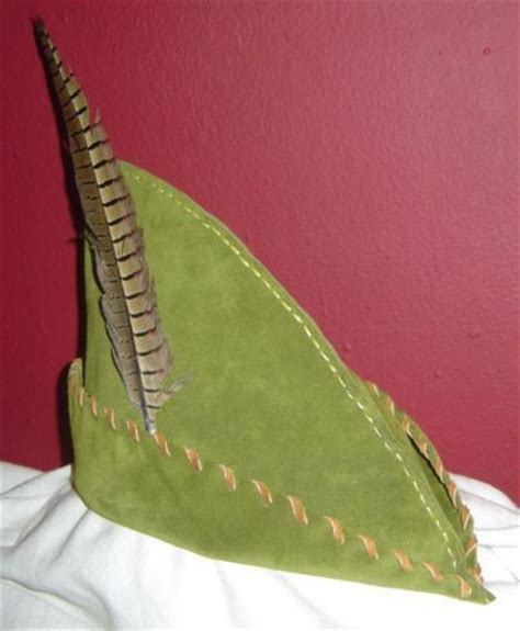 How To Make A Robin Hat Out Of Paper - 25 best ideas about robin costume on robin