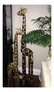 Giraffe Statue Home Decor by 25 Best Ideas About Giraffe Decor On Pinterest String
