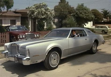 indeed lincoln imcdb org 1975 lincoln continental iv in quot starsky