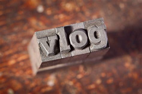 background vlogger vlogging tips for building relationships dr michelle mazur