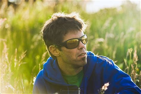 DesignApplause   Stunt sunglasses. Julbo.