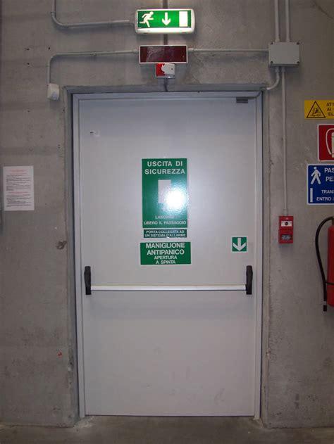 porta di emergenza expa barriere fuoco porte tagliafuoco portoni