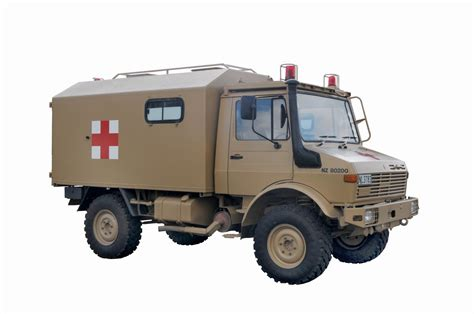 stephen miller nz nz army unimog ambulances
