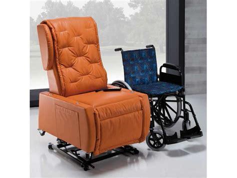 poltrona per disabili poltrona disabili multifunzionale 100 italiana