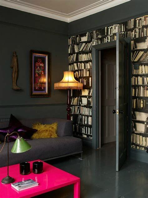 25 Cool Ideas To Decorate Your Room With Books | 25 cool ideas to decorate your room with books