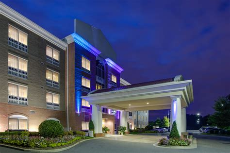 hotels with in room nc inn express hotel suites raleigh sw nc state 2017 room prices deals reviews expedia