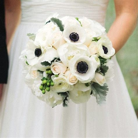 And White Flower Bouquet For Wedding by 349 Best Images About Black White Wedding Flowers On
