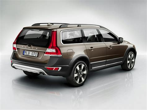 what is a volvo 2015 volvo xc70 price photos reviews features