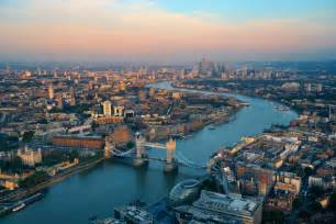 thames barrier fact file 10 surprising facts about the river thames when in london
