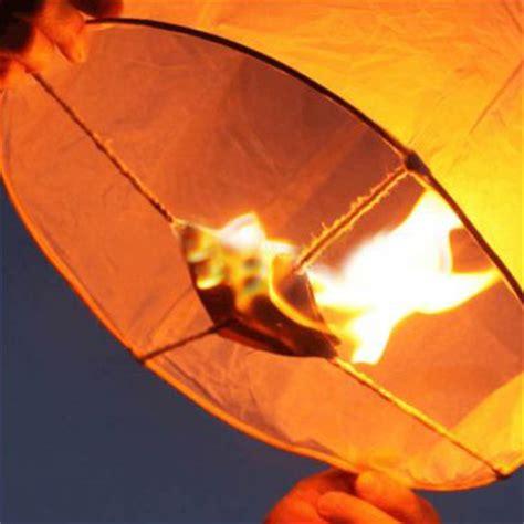 lanterne volanti cinesi lanterne volanti cinesi sky lanterns